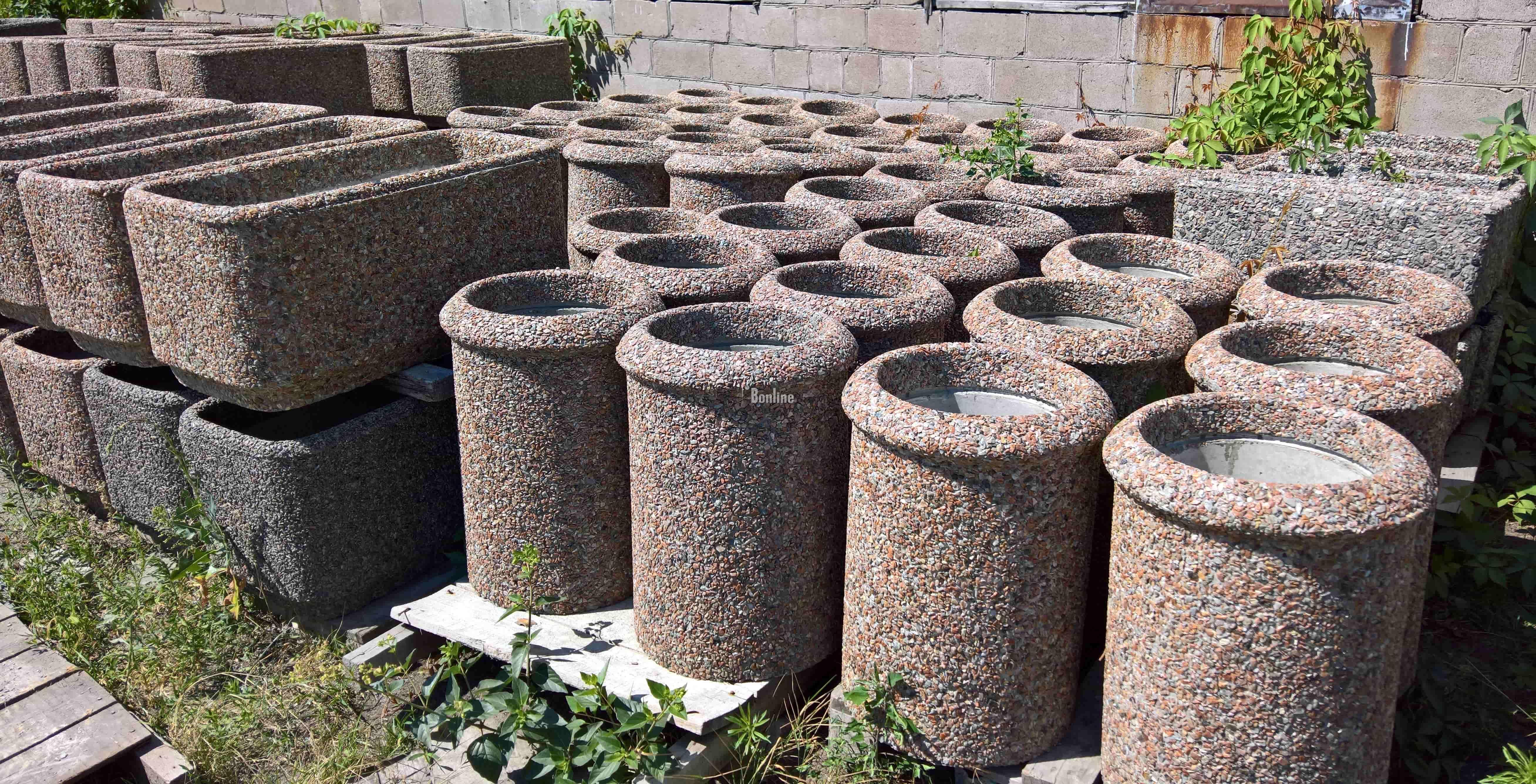 Продаем вазоны из гранита для цветов