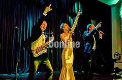 Музыканты на праздник, свадьбу, корпоратив, презентацию, юбилей в Одессе. Саксофон.